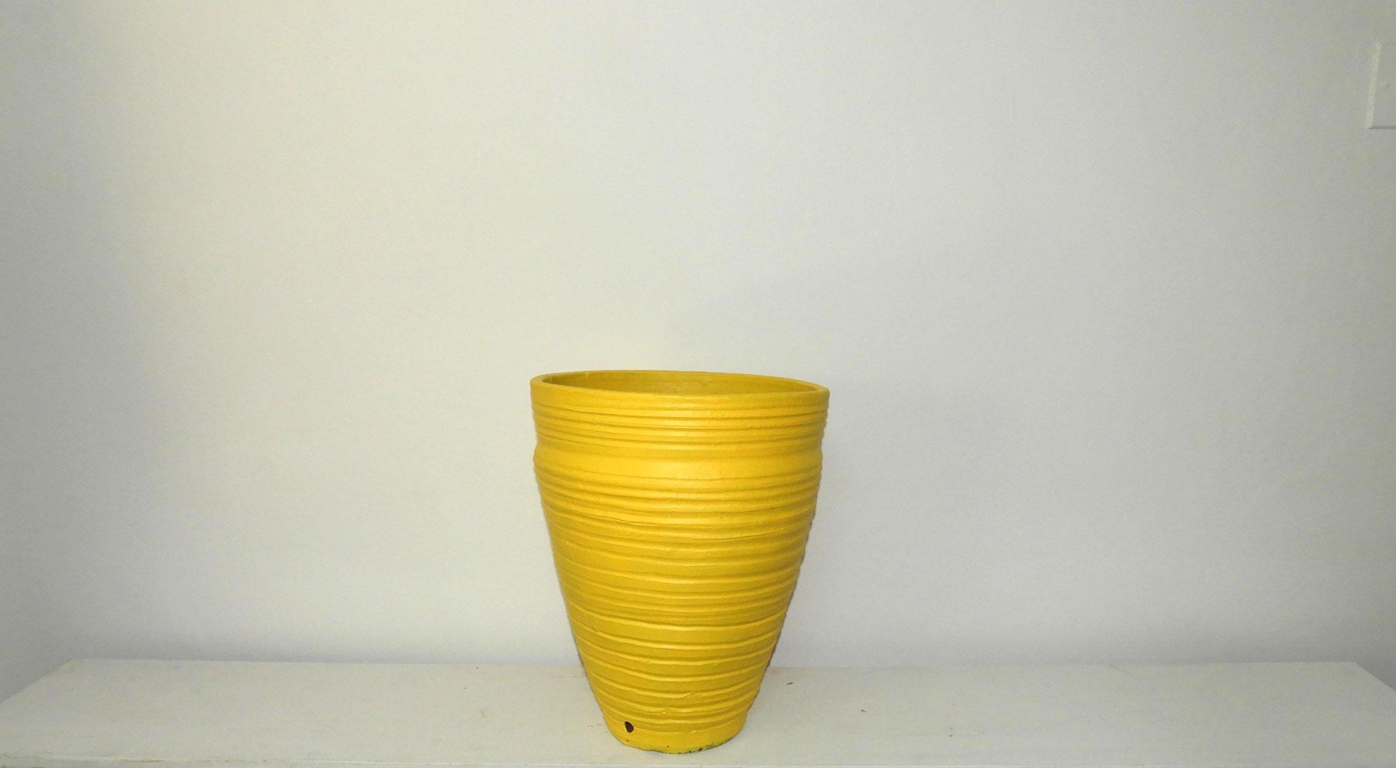 Pot Curved Cone Ridged (XL)