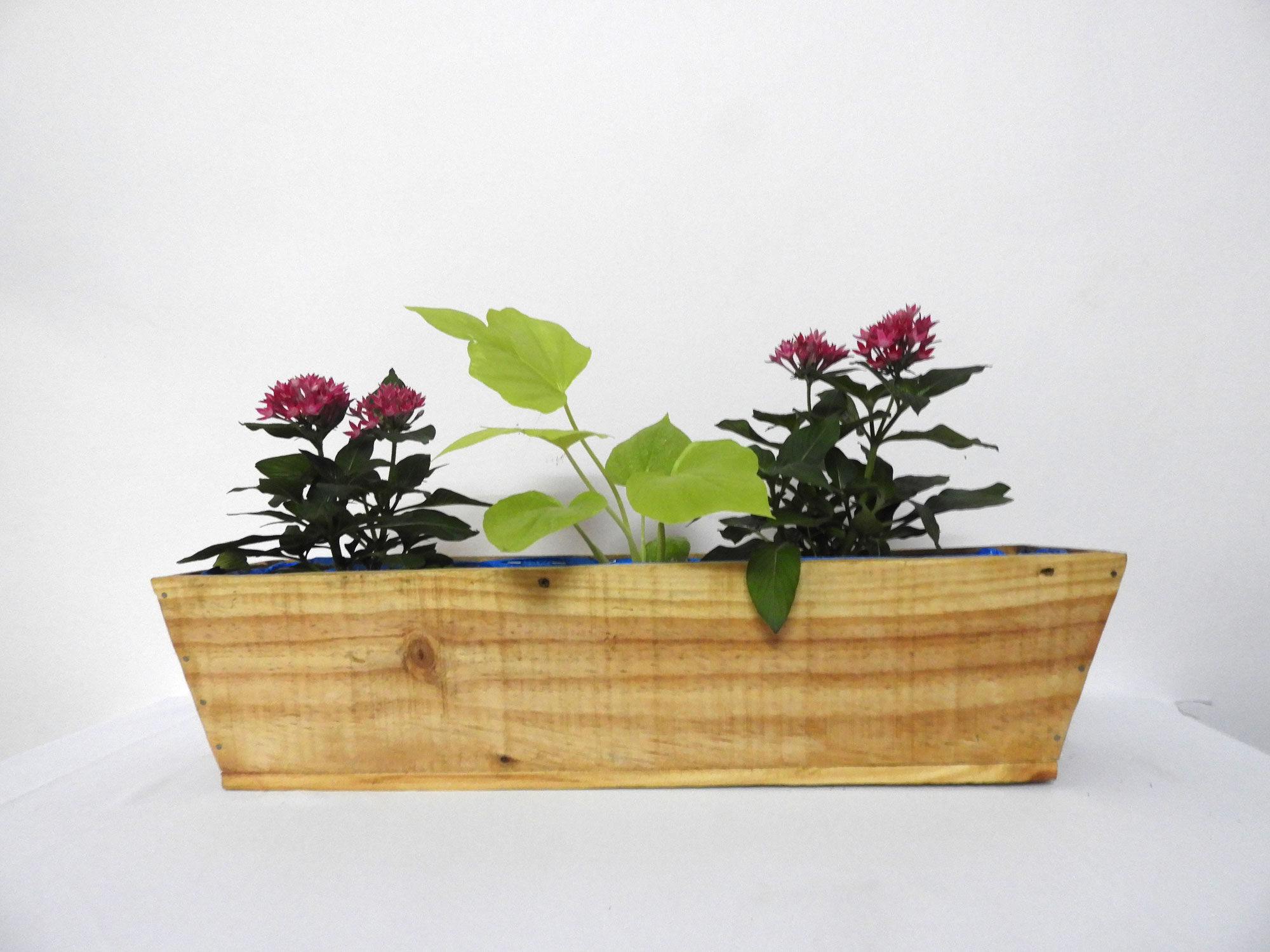 Wood Railing Planter Boat (m)