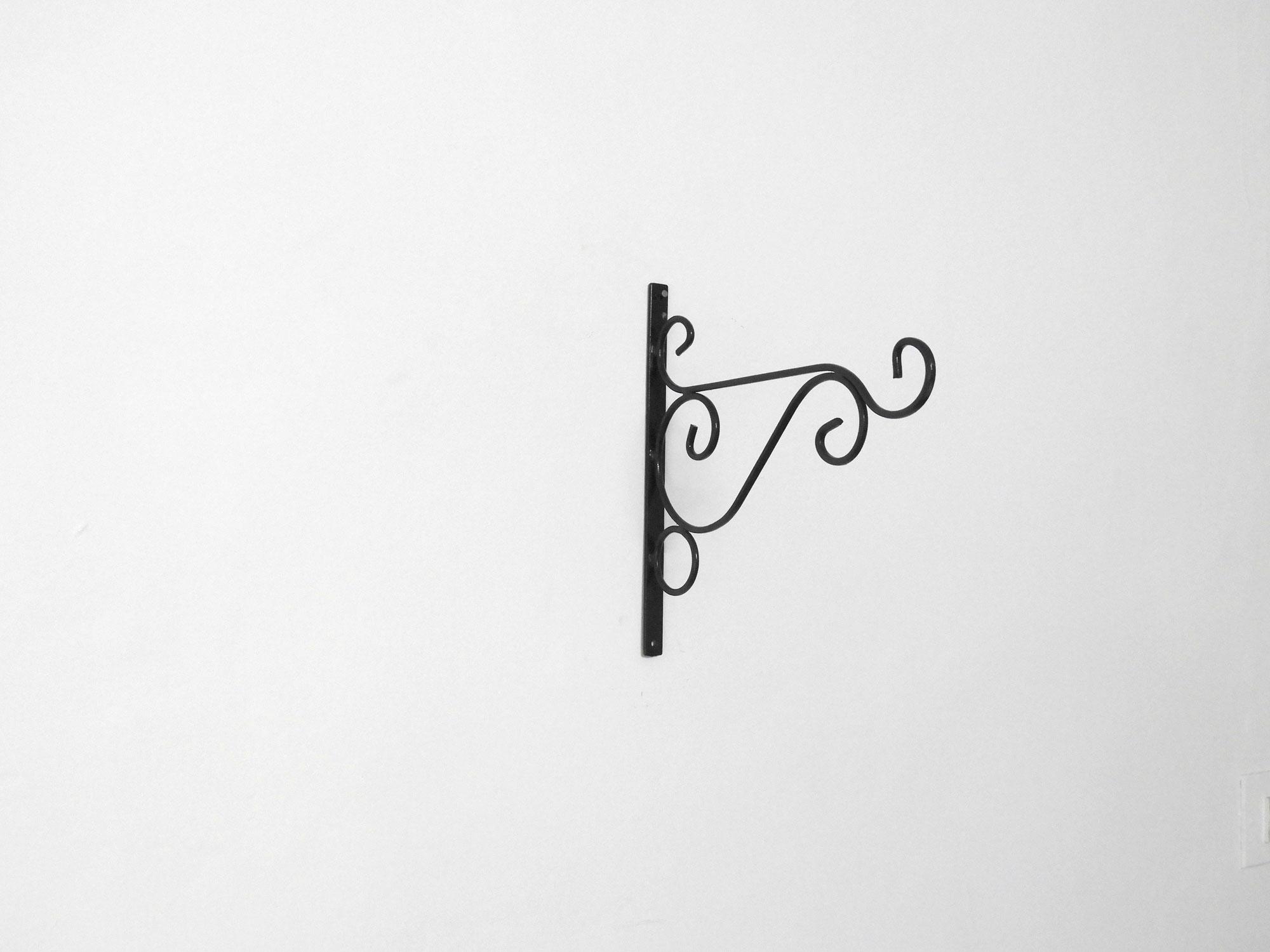 Wrought_Iron_L_Bracket_Tuscan_Pattern
